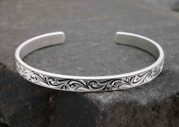 Hand Engraved Bangles