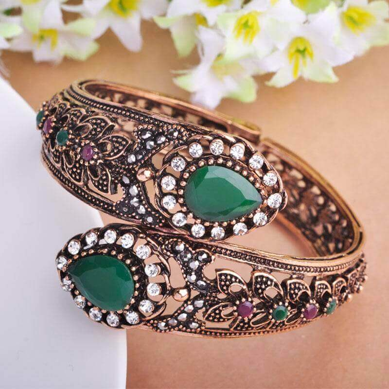 Acrylic Bangles in United Kingdom